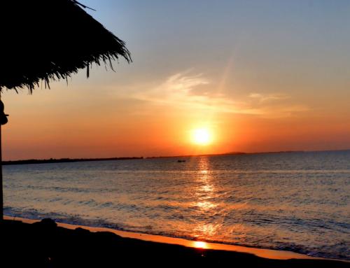 [REVIEW HOTEL] Mina Tanjung Hotel Lombok Utara, Staycation Bonus Sunset Cantik